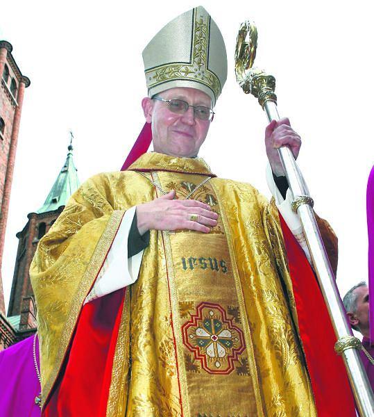 Zwi�zki duchownych z oskar�onymi biznesmenami