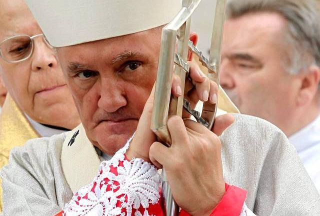 Kardynał Kazimierz Nycz, jeszcze jako arcybiskup - w 2010 roku