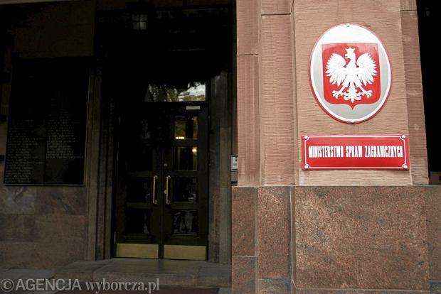 Zmiana w MSZ - wiceminister odchodzi do biznesu