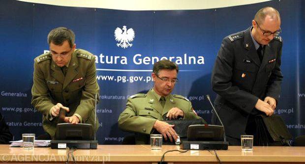 Prokuratura o aktualnym stanie śledztwa smoleńskiego: Czekamy jeszcze na 27 opinii biegłych