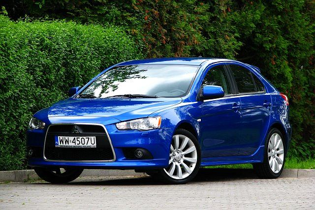 mitsubishi lancer 1 8 sportback test za kierownic. Black Bedroom Furniture Sets. Home Design Ideas