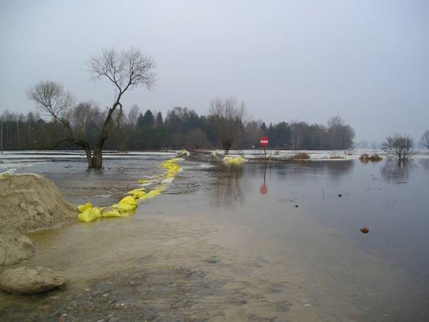 Pierwsza ofiara powodzi: rzeka porwała ją z mostu