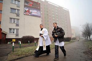 Warszawa: Chcesz ksi�dza na kol�dzie? Wy�lij SMS