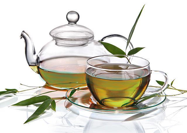 Ile można schudnąć pijąc zieloną herbatę