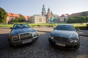 Królewskie samochody w królewskim mieście