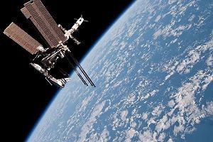 ISS: testy, eksperymenty, podniesienie orbity