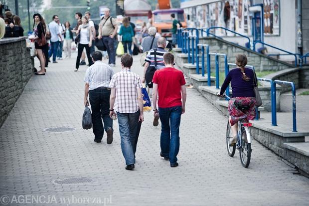 """""""Dobry kierowca nie jedzie rowerem po chodniku"""" [LIST]"""