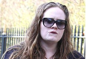 Adele straci g�os?