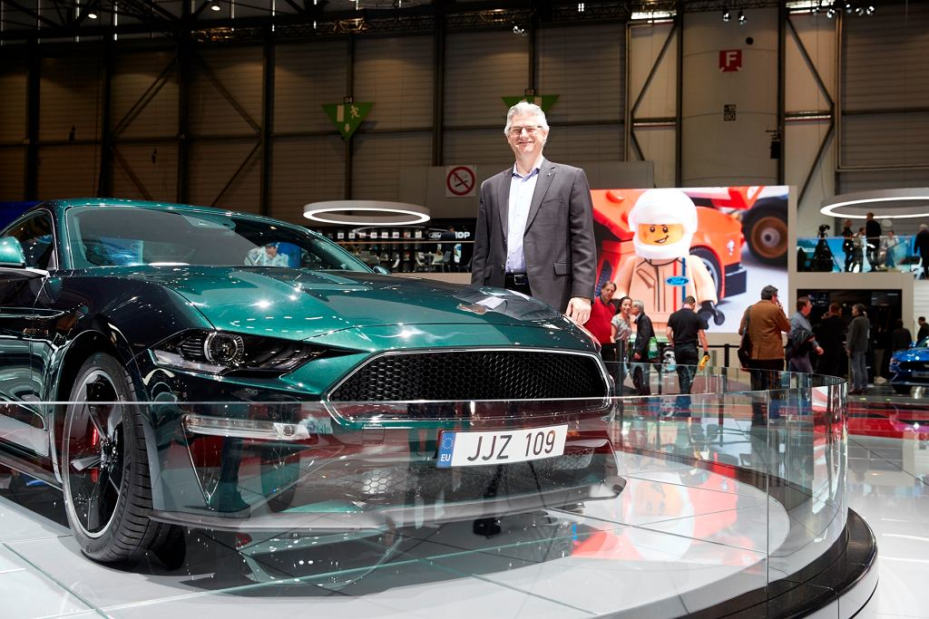 Carl Widmann i Ford Mustang Bullitt