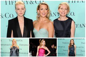 Eleganckie gwiazdy Hollywood i stylowe modelki na wielkim Blue Book Ball. Kto wyglądał najpiękniej? [SONDAŻ]