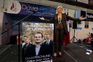 Francuska partia finansowana z Rosji. Front Narodowy Marine Le Pen po�yczy� 9 mln euro z rosyjskiego banku