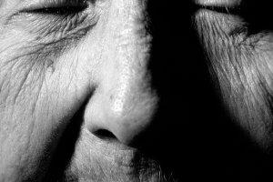 Nieretuszowane fotografie dojrza�ych kobiet w Wozowni