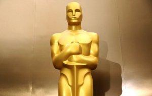 Ogłoszenie nominacji do 88. edycji rozdania Oscarów przyniosło ze sobą wiele ciekawych statystyk. Reżyser John Williams i aktorka Jennifer Lawrence rekordzistami.