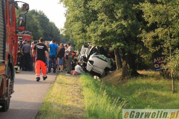 Wypadek autobusu koło obwodnicy Garwolina. Wzrósł bilans ofiar: pięć osób nie żyje, 25 rannych