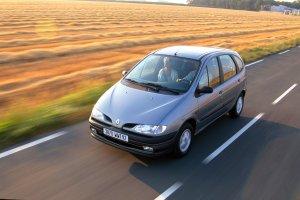 Renault Scenic | 20 lat | Infografika i du�e zdj�cia