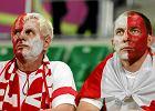 Smutne miny Polaków