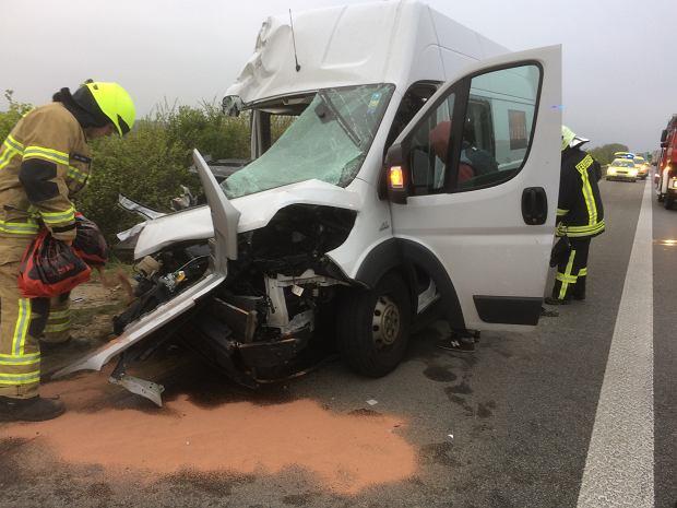 Polski bus zderzył się z ciężarówką w pobliżu Lipska. Siedmiu rannych