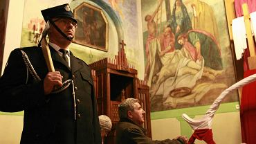 Wielki Piątek w kościele św. Jakuba Apostoła w Imielnicy