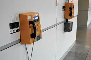 Pożegnajcie się z automatami telefonicznymi. Od października w Polsce nie będzie już ani jednego
