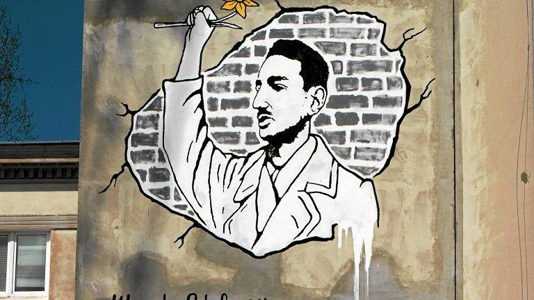Mural na cześć Marka Edelmana na warszawskim Muranowie