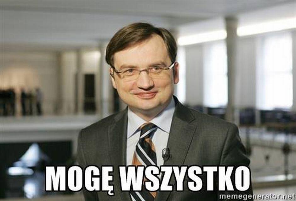 Ziobro będzie rządzić sądem - Memy