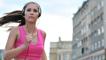 Słuchawki do biegania. Jak wybrać najlepszy model?