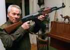 Ka�asznikow: cz�owiek, kt�ry uzbroi� �wiat