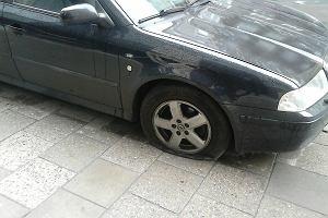 Zdemolował 35 samochodów w centrum Szczecina. Zgubiło go, że tylko jego auto było bez szwanku