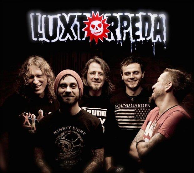 Zespół Luxtorpeda opublikował właśnie na Facebooku zapowiedź nowej płyty.