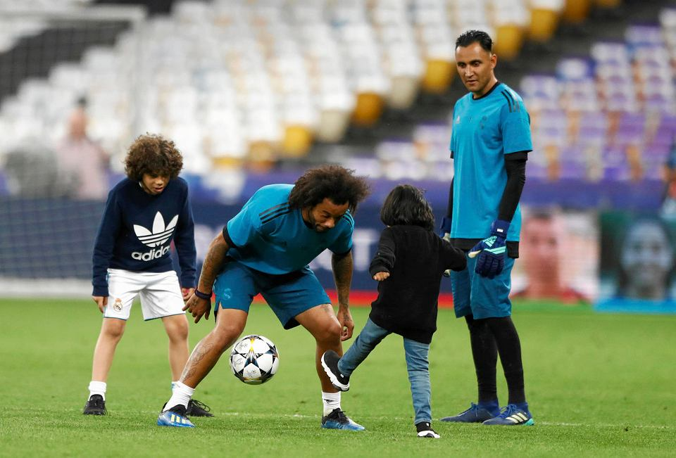 Piłkarze Reale Madryt przed finałem Ligi Mistrzów trenował z dziećmi