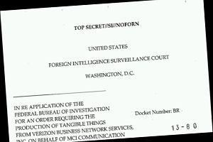 Skandal w USA: Rz�d �ledzi rozmowy. NSA zna numery telefon�w, czas i miejsce rozm�w