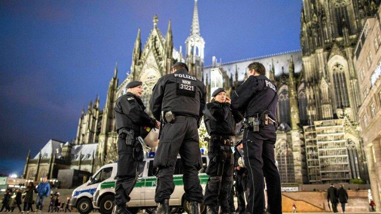 6 stycznia, Kolonia. Po sylwestrowych wydarzeniach okolice dworca kolejowego patrolowały zwiększone siły policji