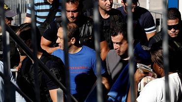 Ankara wystąpiła wczoraj z oficjalnym wnioskiem o ekstradycję ośmiu tureckich wojskowych, którzy po puczu z 15 lipca uciekli helikopterem do Grecji i wystąpili o azyl