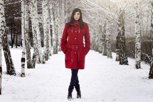 P�aszcze zimowe - na co zwraca� uwag� kupuj�c p�aszcz?