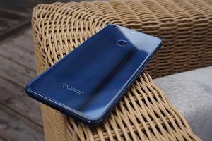 Honor 8 oficjalnie w Europie. Pierwsze wra�enia po szwedzkiej premierze flagowca Huawei