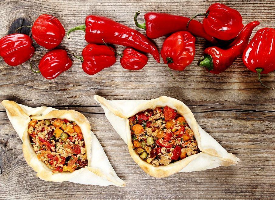 Pide, danie typowe m.in. dla Armenii i Turcji