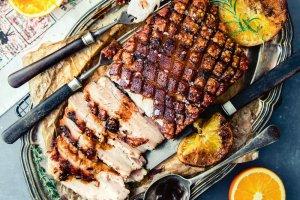 Schab, szynka i nie tylko - mięsa na Wielkanoc [7 przepisów]