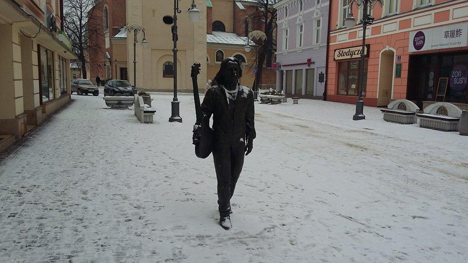 Pomnik Tadeusza Nalepy na ul. 3 Maja (fot. Mateusz Witkowski)