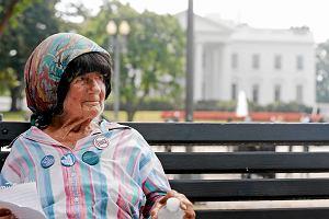 32 lata protestowa�a pod Bia�ym Domem. Policja sprz�tn�a jej namiot