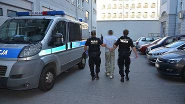 Jeden z zatrzymanych w rękach policji