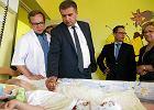 PiS oburzone na Kawę i Arłukowicza za zdjęcia w hospicjum