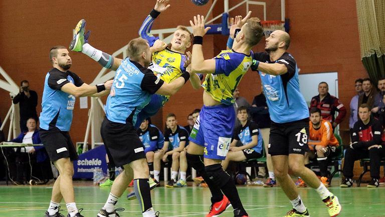 Pierwsza liga piłkarzy ręcznych: Stal Gorzów - Mazur Sierpc 34:20 (15:12)