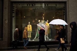 Właściciel Zary nadal na plusie, ale sprzedaż rośnie wolniej. Inditex ma takie samo wyzwanie jak H&M