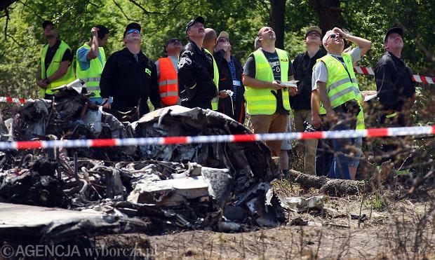 Biegli: Awaria lewego silnika przyczyn� katastrofy lotniczej pod Cz�stochow�