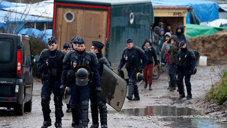 Francuska policja na patrolu w