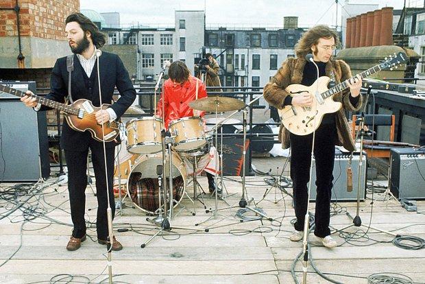 """The Beatles Polska: Wzmianka o The Beatles w najnowszym numerze """"Ale Historia"""""""