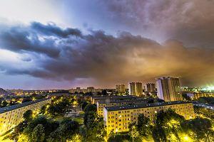 Uwaga, pogorszenie pogody! Będą burze na północy i zachodzie kraju. Potem przyjdą upały