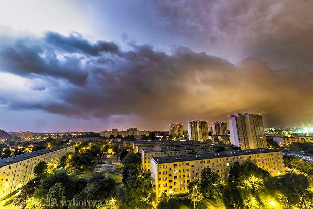 W nocy burze, ale za to w weekend temperatura jak w Grecji [PROGNOZA POGODY]