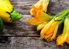 Toska�skie wakacje z kwiatem cukinii, czarn� trufl� i o�miornic�