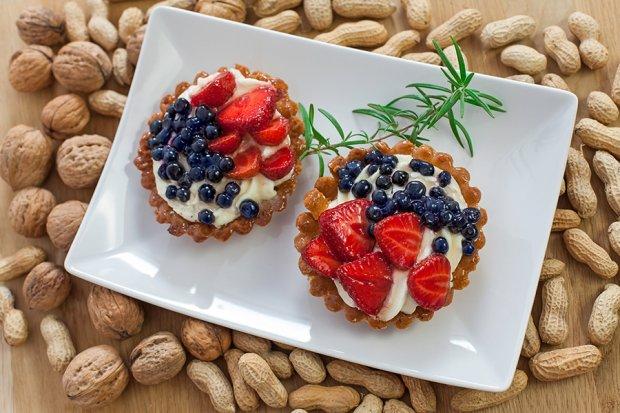 Kruche ciasteczka z mas� serow� i owocami